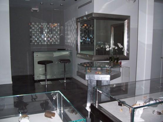 melrose show room 002